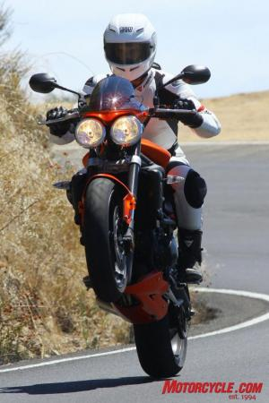Ducati Monster 796 vs Triumph Street Triple R IMG_6427
