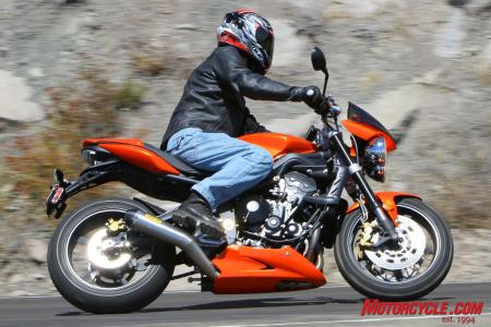 Ducati Monster 796 vs Triumph Street Triple R IMG_6533