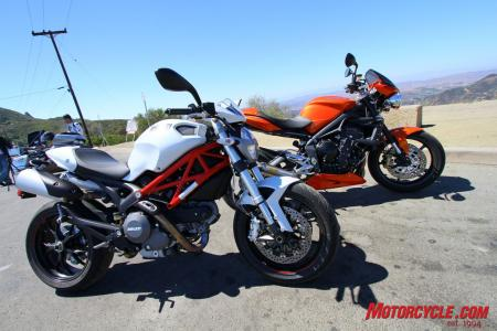 Ducati Monster 796 vs Triumph Street Triple R IMG_6746