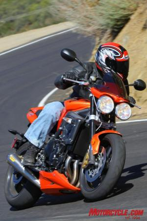 Ducati Monster 796 vs Triumph Street Triple R IMG_6788