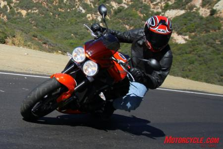 Ducati Monster 796 vs Triumph Street Triple R IMG_6828