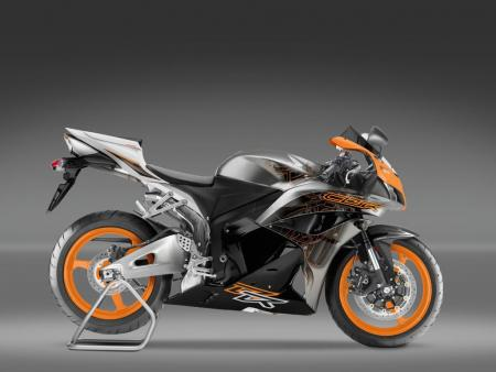 Europeans can also get a special edition variant in orange and metallic gray.