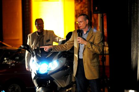 BMW's Todd Anderson explains the intricacies of BMW's Adaptive Headlight.