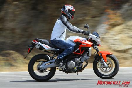 Although Aprilia says rider ergos were tweaked to create a sportier feeling ride the Shiver is still a comfy mount – possibly more so than other machines in the class.