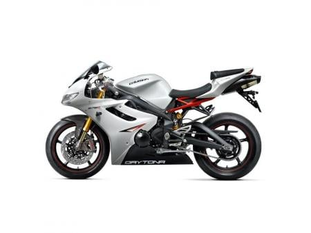 The 2011 Triumph Daytona 675R comes stock with Ohlins racing suspension and Brembo brakes.