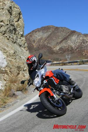 Ducati Monster 796 vs. Aprilia Shiver IMG 1425