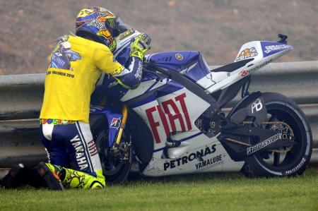 Valentino Rossi bids farewell to his M1 after one final podium finish.