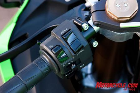 2011 Kawasaki ZX-10R power mode