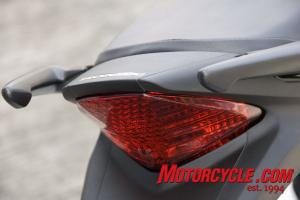 2011-Honda-CBR250R Review
