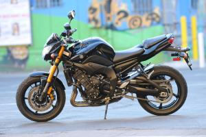 2011 Yamaha FZ8 Review