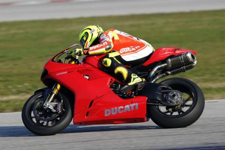 0126-rossi-ducati-1198s-private-test-03.jpg