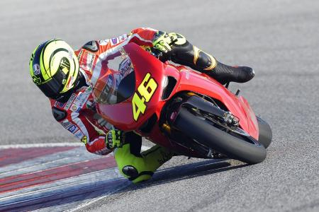 0126-rossi-ducati-1198s-private-test-05.jpg
