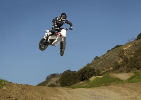 2011_zero-mx_action-06_1680x1200_press.jpg