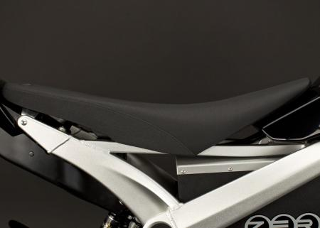 2011_zero-ds_detail_seat_1680x1200_press.jpg