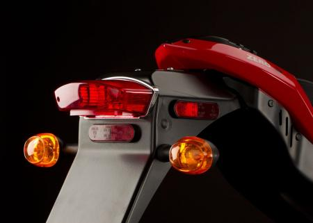 2011_zero-s_detail_tail-lights_1680x1200_press.jpg