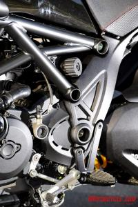 2011 Ducati Diavel frame shock preload adjust dial