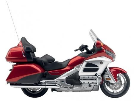 12_GoldWing_Red_lr