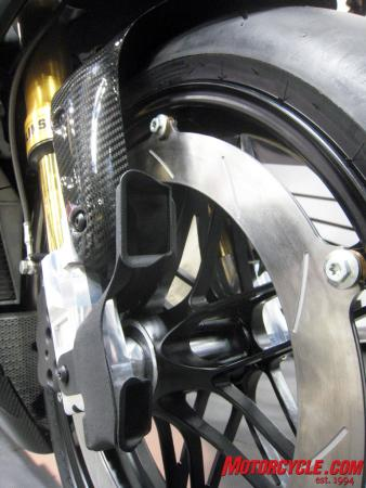 022011-erik-buell-racing-1190rs-02