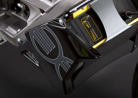 2011_zero-xu_detail_charger_1680x1200_press.jpg