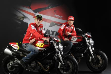 030911-rossi-hayden-ducati-monster-1