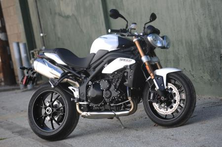 2011 Triumph Speed Triple 1050 TR3_5103