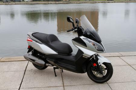 2012 Kymco Downtown Detail-01
