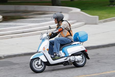 picture: other - 2012 kymco like 200i action01