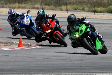 2011 Supersport Shootout - Track Action FONZ9520