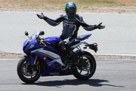 2011 Supersport Shootout - Track Action IMG_1580