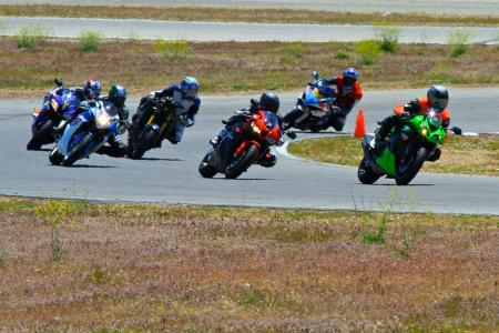 2011 Supersport Shootout - Track Action IMG_1681