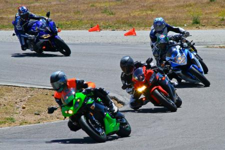 2011 Supersport Shootout - Track Action IMG_1688