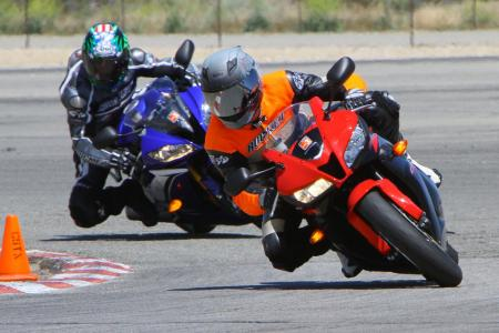 2011 Supersport Shootout - Track Action IMG_9612