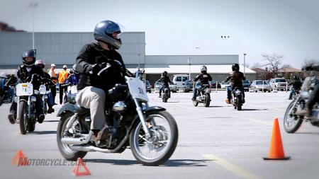 060211-motorcycle-beginner-rider-training-06