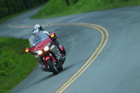 2012 Honda Gold Wing Review AN8E6134
