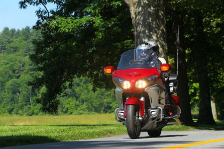 2012 Honda Gold Wing Review AN8E8122