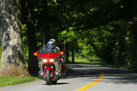 2012 Honda Gold Wing Review AN8E8144