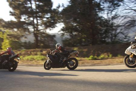 2011 Middleweight Sportbike Shootout - Street 119