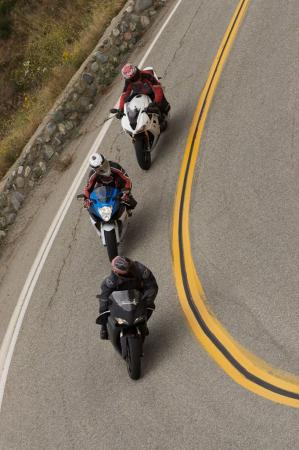 2011 Middleweight Sportbike Shootout - Street 126