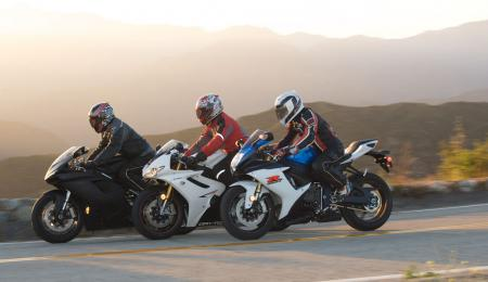 2011 Middleweight Sportbike Shootout - Street 136