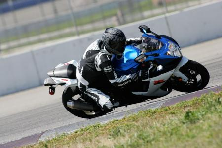 2011 Middleweight Sportbike Shootout - Track 000