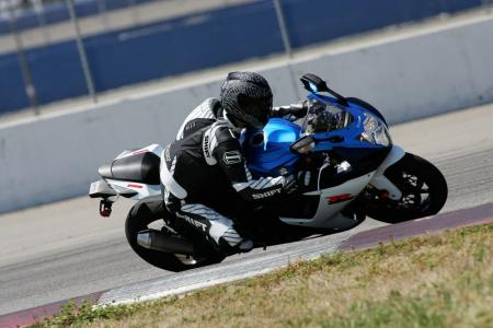 2011 Middleweight Sportbike Shootout - Track 002