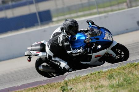 2011 Middleweight Sportbike Shootout - Track 003
