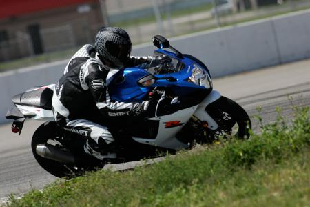2011 Middleweight Sportbike Shootout - Track 005
