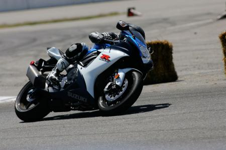 2011 Middleweight Sportbike Shootout - Track 006