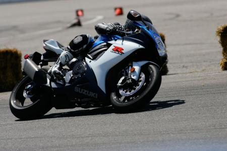 2011 Middleweight Sportbike Shootout - Track 007