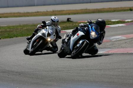 2011 Middleweight Sportbike Shootout - Track 009