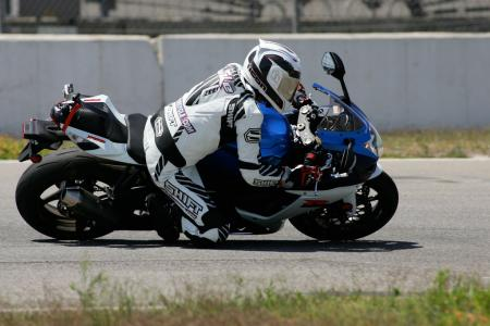 2011 Middleweight Sportbike Shootout - Track 016