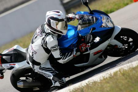 2011 Middleweight Sportbike Shootout - Track 022