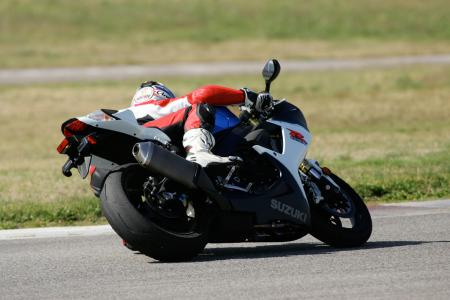 2011 Middleweight Sportbike Shootout - Track 024
