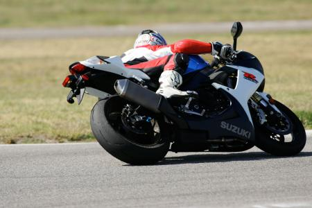 2011 Middleweight Sportbike Shootout - Track 026